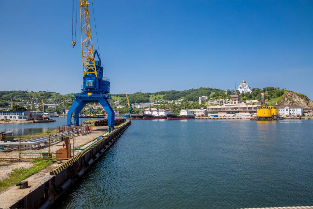 Port-activity-04
